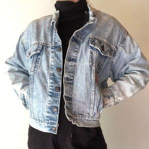 Vintage acid wash distressed Levi's jacket